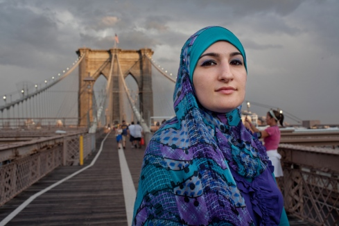 Photo of Linda Sarsour on the Brooklyn Bridge